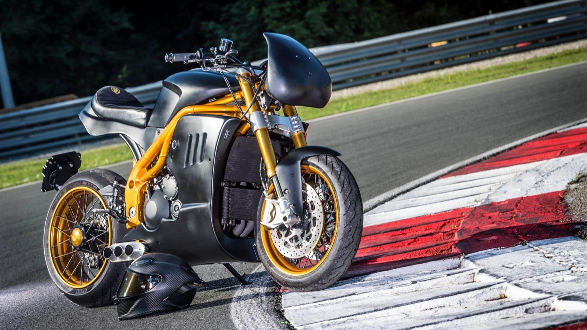 Triumph Speed Triple 1050 par Italian Dream Motorcycle